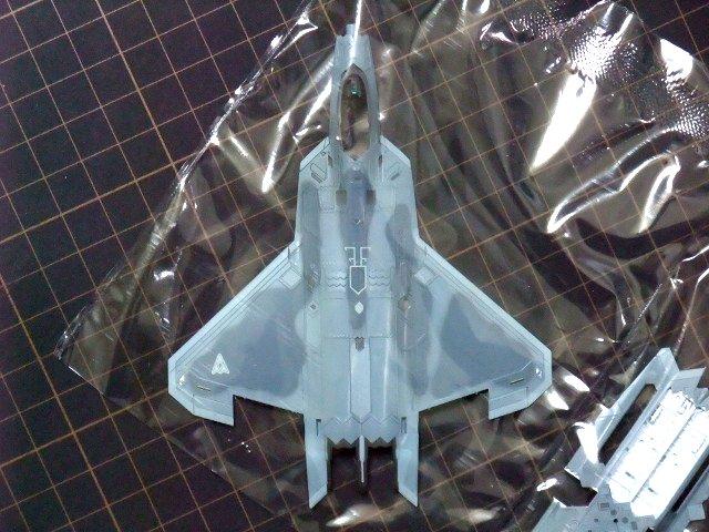 機体上面[技MIX「F-22 メビウス1」]」[エースコンバット04]